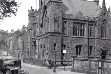 5a-Literary-and-Philosophical-Institution-North-Corner-of-Cross-Street-and-Winckley-Square-Preston-1937